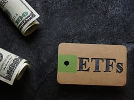 ETF (Exchange Traded Fund ) tag with cash