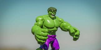 toy Hulk ready to tackle its money